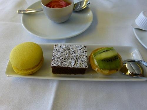 20120817エールフランスビジネスクラス 食事-デザート.jpg