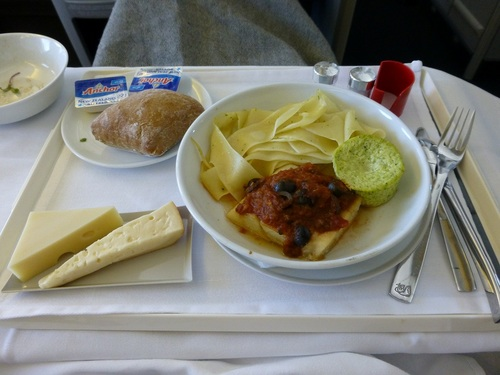 20120817エールフランスビジネスクラス 食事-メイン.jpg