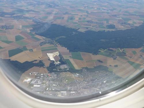 20120817エールフランス窓の外の景色.jpg