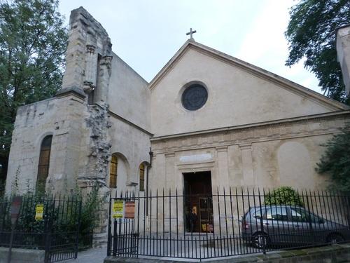 20120924サン・ジュリアン・ル・ポーヴル教会.jpg