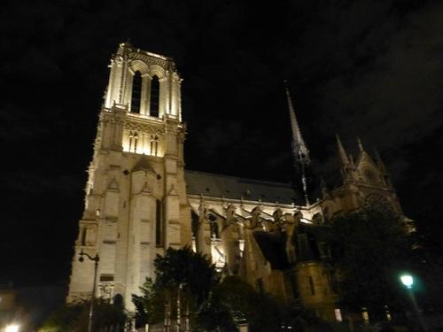 20121004コンサート終了後のノートルダム寺院の2.jpg