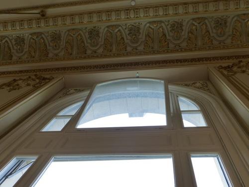 20121007オルセー美術館レストラン窓.jpg