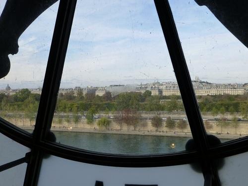 20121007オルセー美術館5階から見た右岸の景色2.jpg