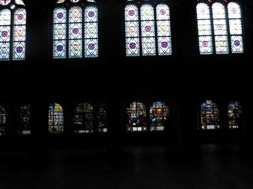 20121014サン・テティエンヌ・デュ・モン教会ステンドグラス.jpg