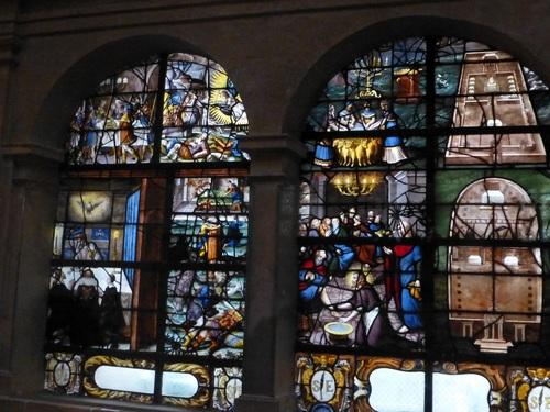 20121014サン・テティエンヌ・デュ・モン教会ステンドグラス4.jpg