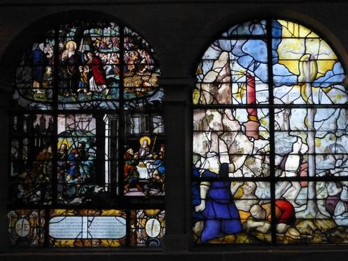 20121014サン・テティエンヌ・デュ・モン教会ステンドグラス5.jpg