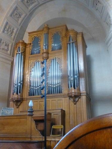 20121023ヴァル・ド・グラース13 教会内部17パイプオルガン.jpg