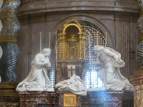 20121023ヴァル・ド・グラース13 教会内部4-2.jpg