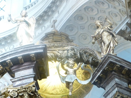 20121023ヴァル・ド・グラース13 教会内部5-3.jpg