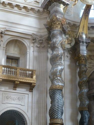20121023ヴァル・ド・グラース13 教会内部6-2.jpg