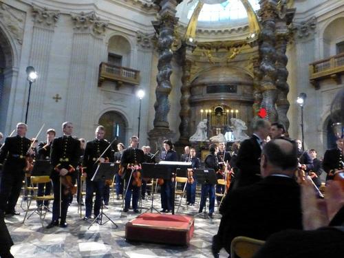 20121111ヴァル・ド・グラース教会コンサート2.jpg