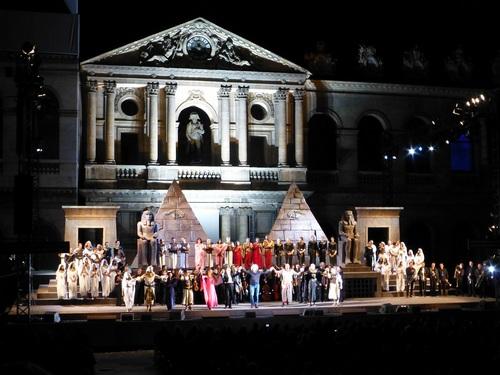 210120911野外オペラ舞台挨拶9.jpg