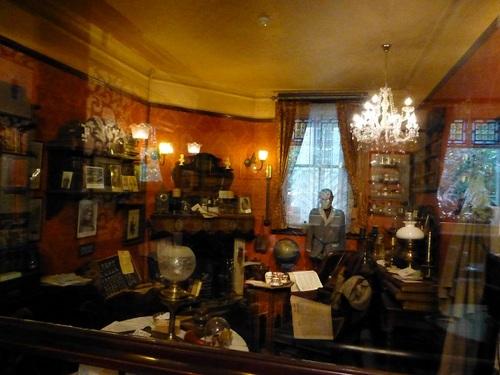 シャーロック・ホームズレストラン ホームズの部屋.jpg