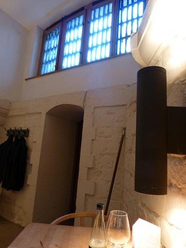 セント・ポール大聖堂地下 レストラン2.jpg