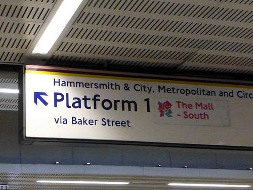 ベイカーストリート駅2.jpg