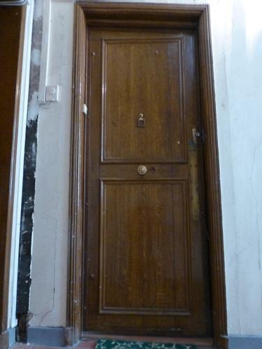 rue d'ECOSSE部屋ドア.jpg