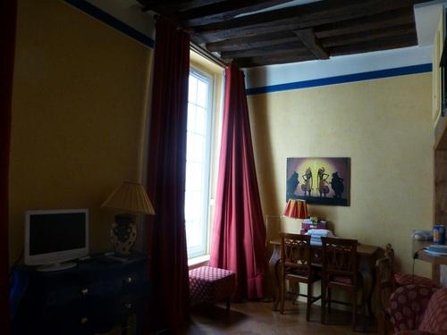 rue d'ECOSSE部屋2.jpg