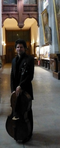 20120928ブランマントー教会チェリスト.jpg