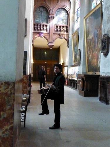 20120928ブランマントー教会チェリスト2.jpg
