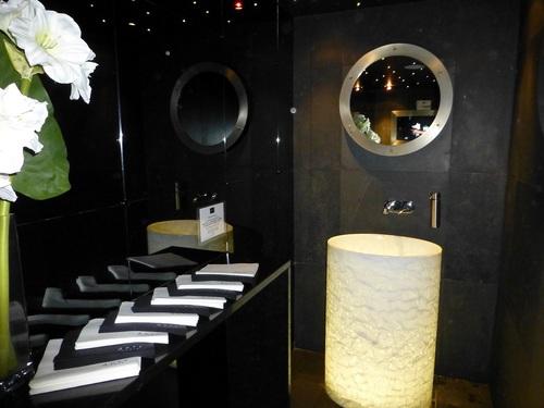 20120930サン・ジェルマン通り海の幸レストランのトイレ.jpg