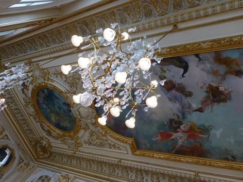 20121007オルセー美術館レストラン天井とシャンデリア.jpg