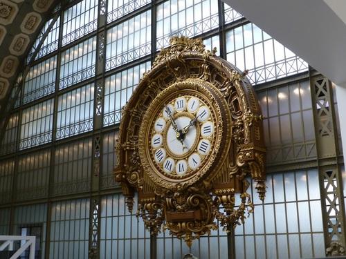 20121007オルセー美術館金時計-レストラン脇から.jpg