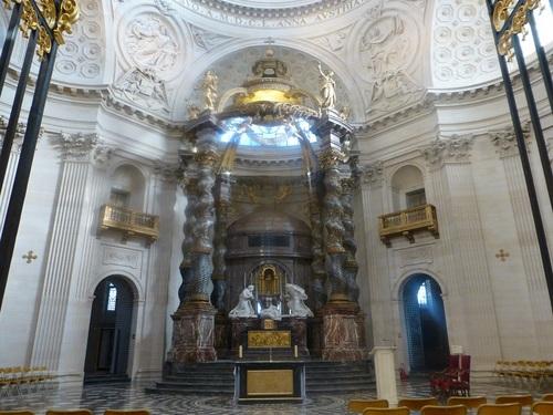 20121023ヴァル・ド・グラース14 教会ドーム2.jpg
