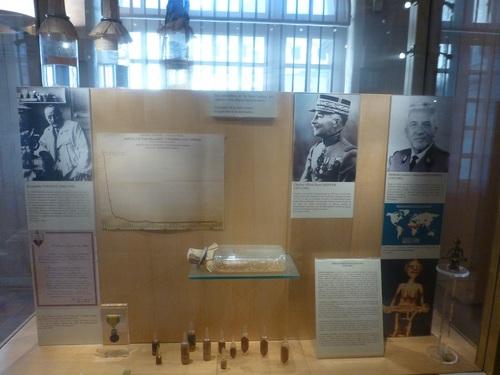 20121023ヴァル・ド・グラース15 博物館1.jpg