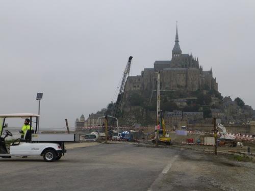 2012102-5モン・サン・ミッシェル3 景観修復工事中.jpg