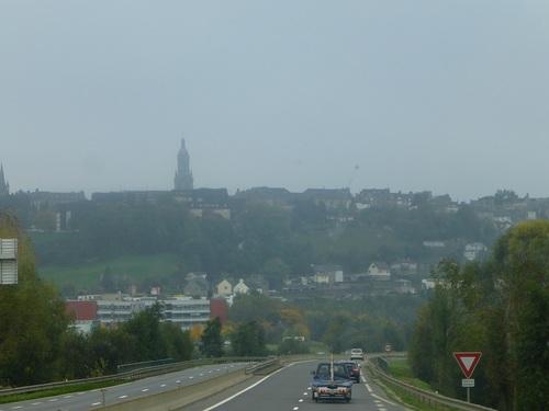 20121025車窓から フランスの田舎の風景3.jpg