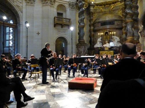 20121111ヴァル・ド・グラース教会コンサート3.jpg