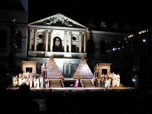 210120911野外オペラアイーダ舞台挨拶.jpg