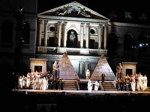 210120911野外オペラ舞台挨拶3.jpg